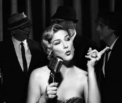 Ana Gasteyer on her residency at Café Carlyle
