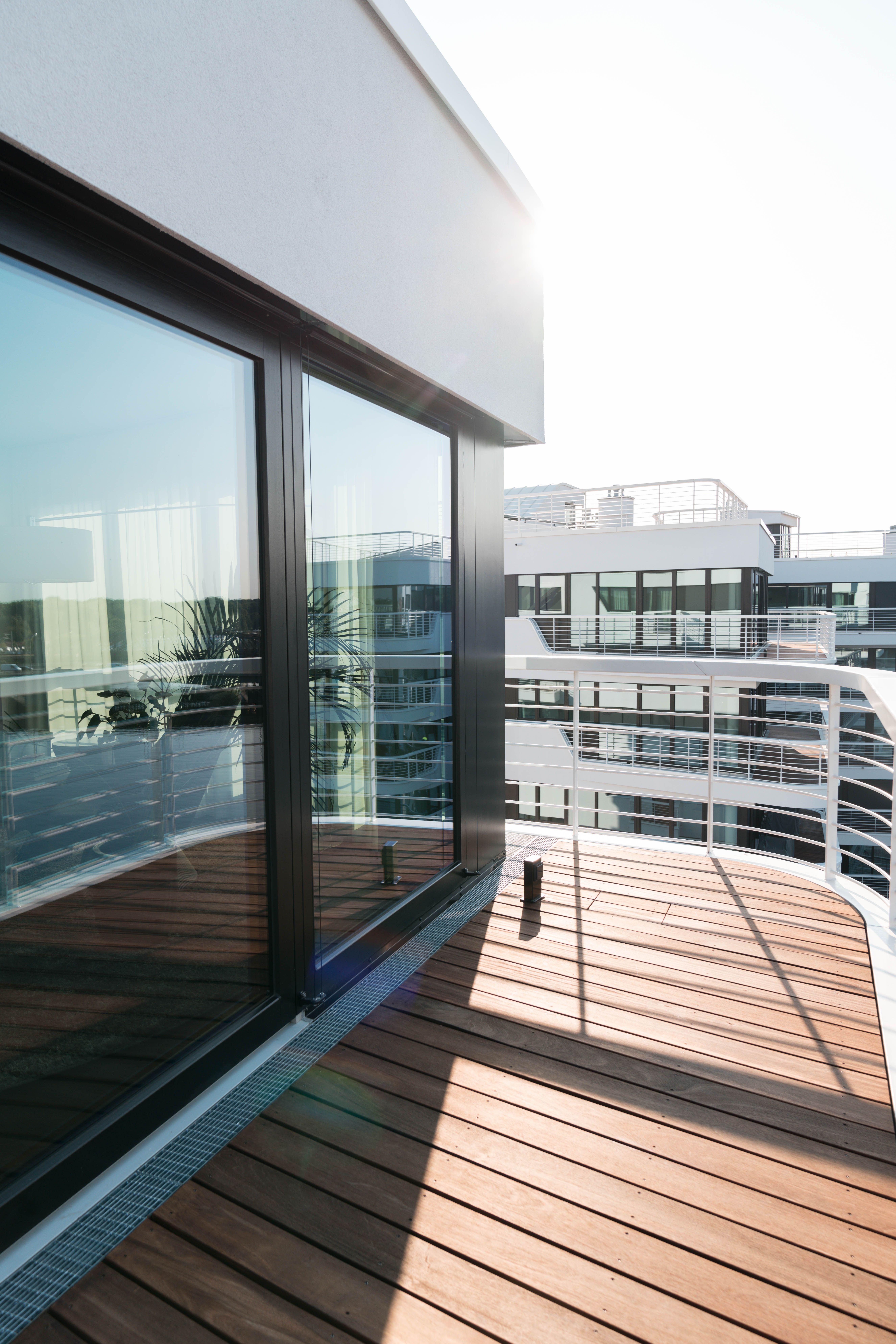 wave graft balcony
