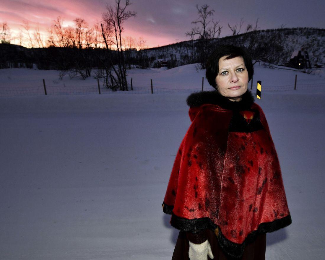 Helga Pedersen på markeringen av samenes nasjonaldag på Tana Bru i Finnmark.   Foto: TERJE MORTENSEN, VG