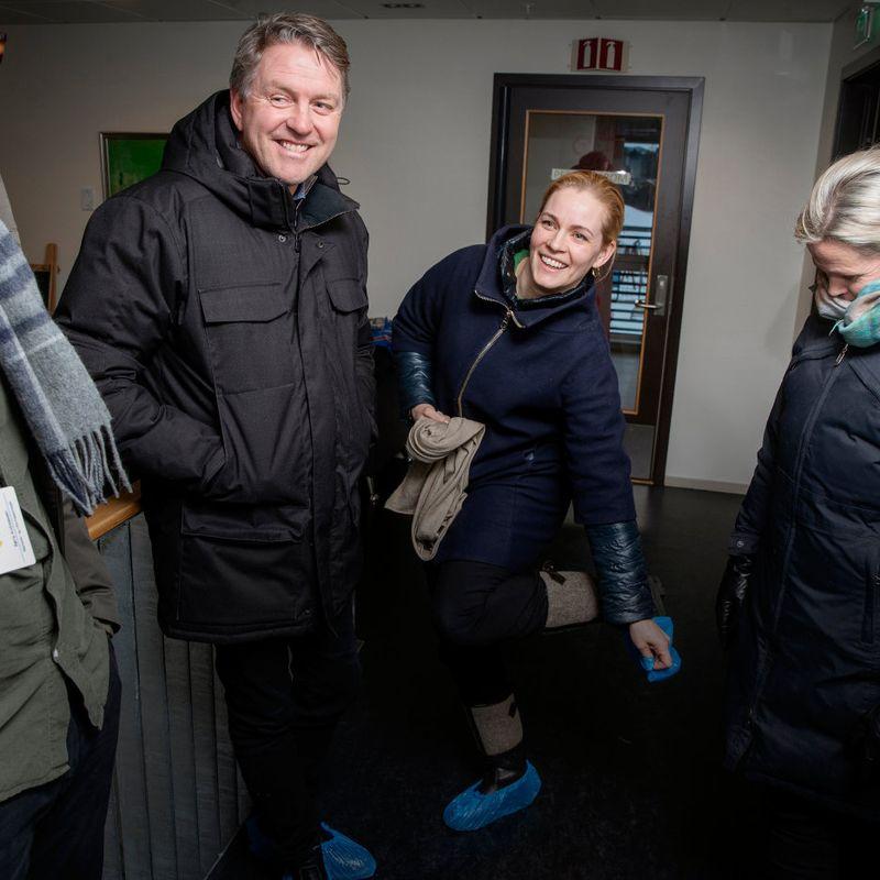 MILLIONBUTIKK: Kjersti og Bjørn Grønmyr (i midten) har bygd opp barnehagekjeden Gnist, som i fjor solgte elleve bygg til det australske fondet Whitehelm Capital for en ukjent sum. Ekteparet har fra før tatt ut store utbytter fra barnehageselskapet. FOTO: RUNE PETTER NESS, ADRESSEAVISEN
