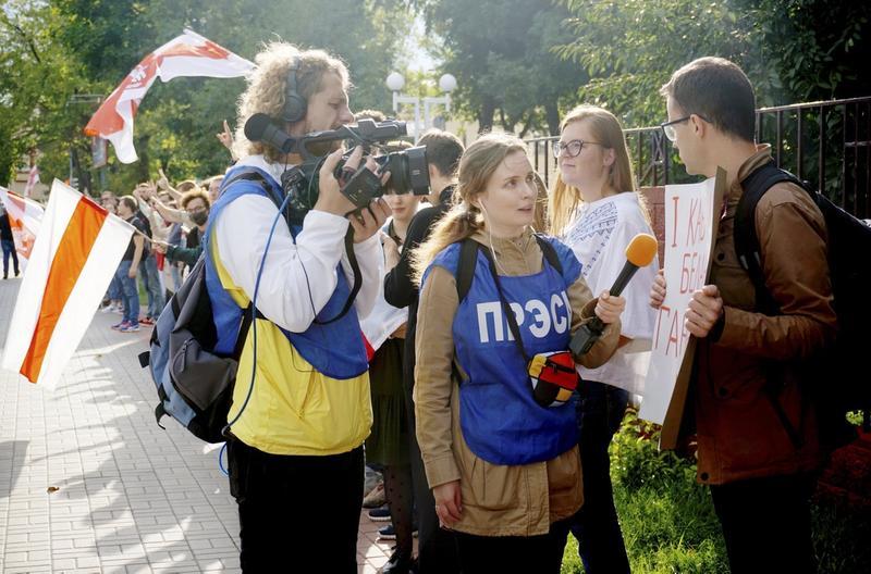 UAKKREDITERT: Den hviterussiske journalisten Katarina Andreeva har til sammen blitt arrestert fem ganger i jobben i hjemlandet. Nylig ga hun også ut en bok om hviterussere som kjemper i krigen Øst-Ukraina.