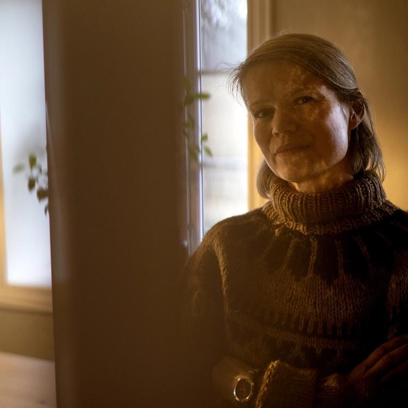 KRITISK: Eirinn Larsen er professor i historie ved Universitetet i Oslo. Hun peker på at mange historikere som på 1950-tallet la grunnlaget for den norske krigsfortellingen, selv hadde deltatt i krigen.