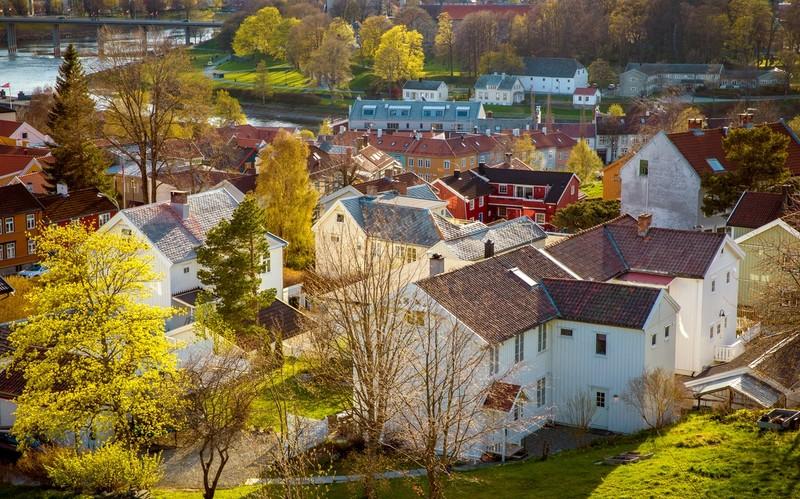 Store ubalanser i det norske boligmarkedet gir lavere aktivitet