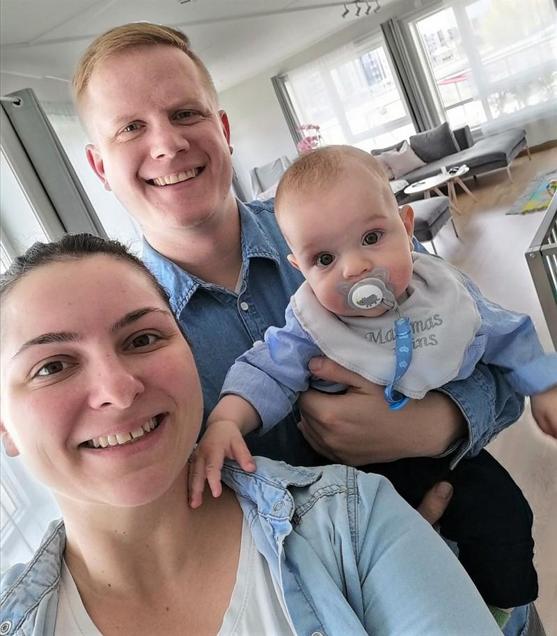 Kristina og Mats De Valck - og lille Viktor