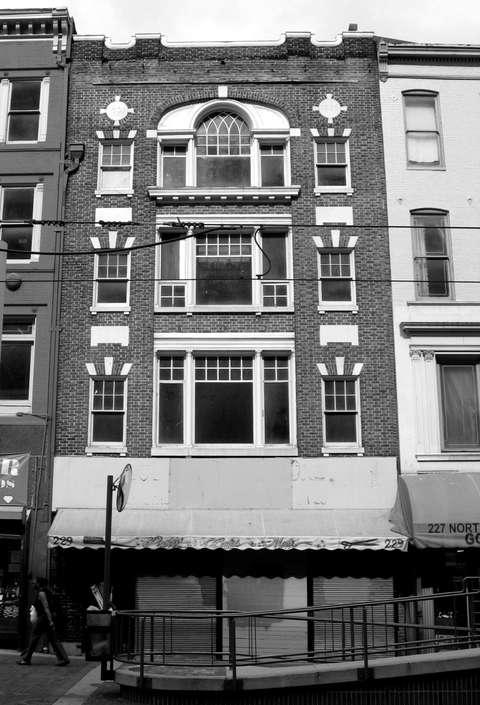 231 Howard Street before