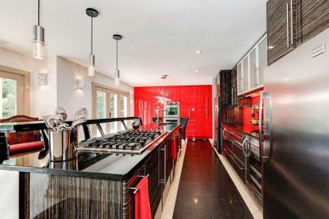 White Heaven kitchen 2