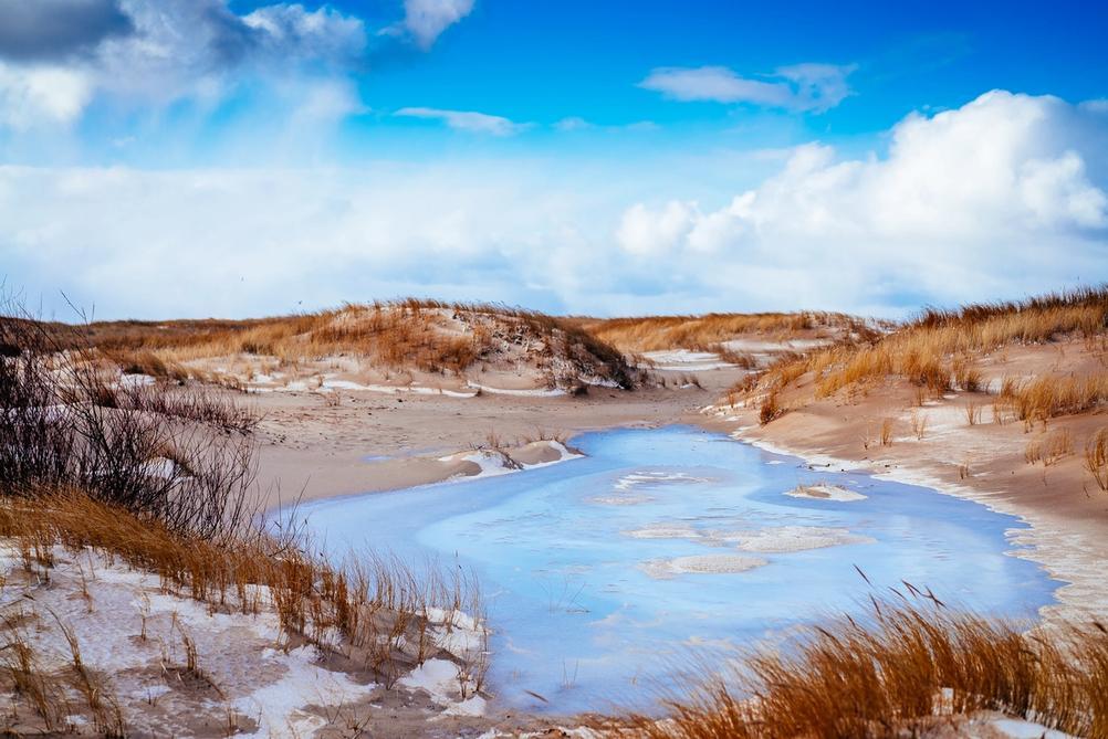 Photo of a beach in winter.