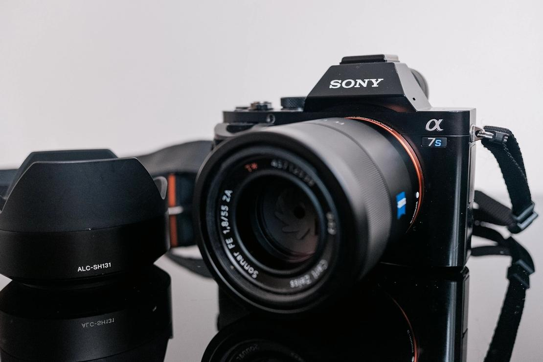 Photo of Sony A7S camera and Sony Sonnar T* FE 55mm f1.8 lens.