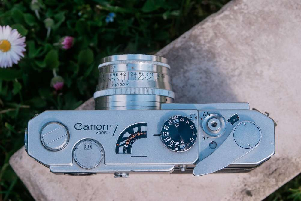 Photo of Canon Model 7 from the top together with Jupiter-8 lens.
