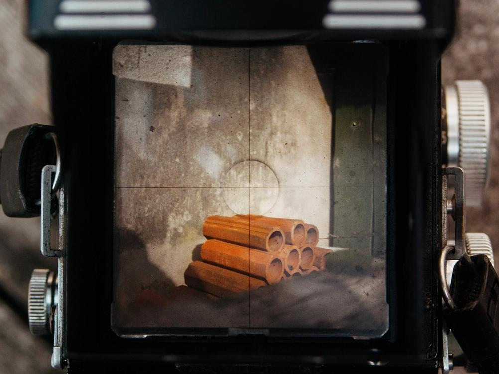 Photo of Rolleicord viewfinder.