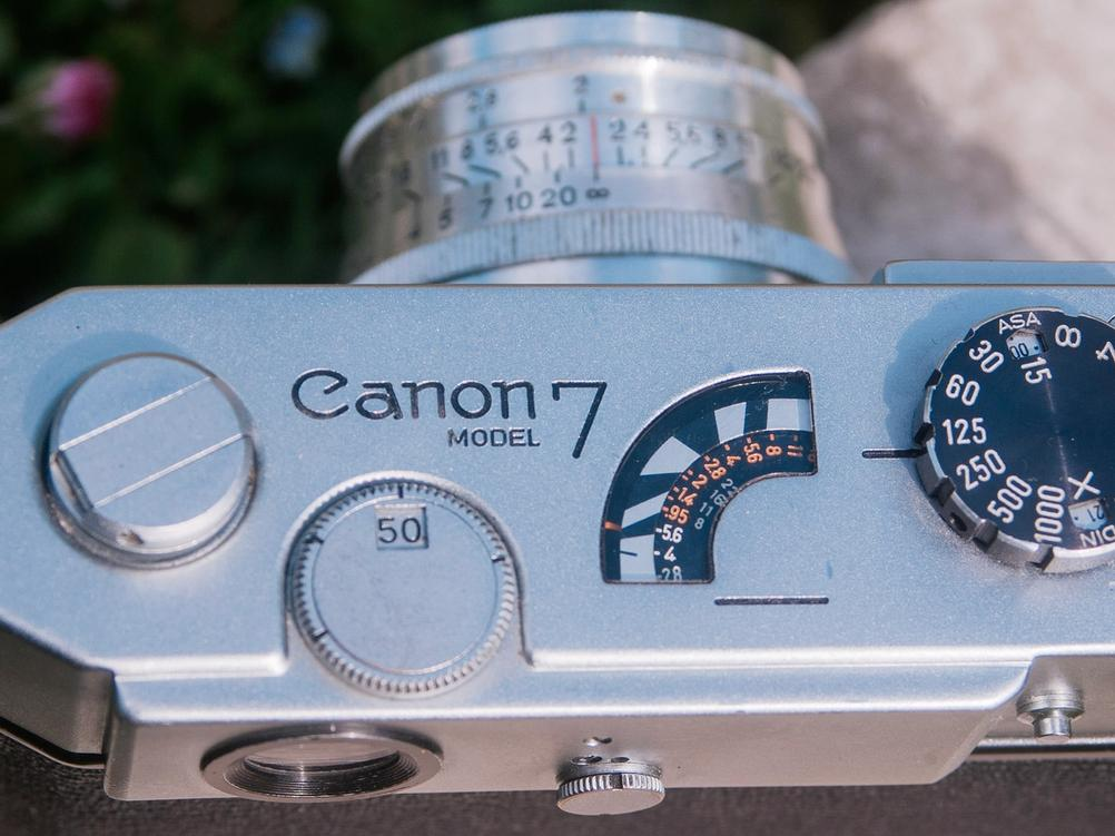 Photo of Canon Model 7 light meter readout.