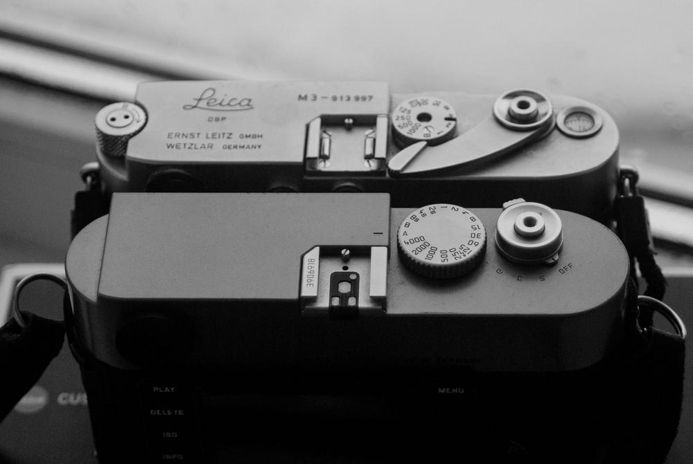 Photo of Leica M3 and M9.