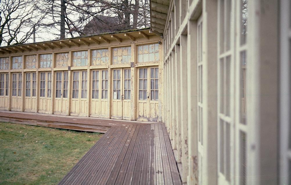 Photo of many doors.