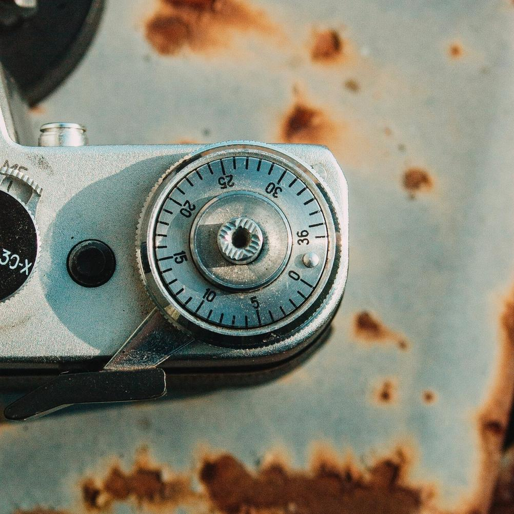 Photo of Zenit-E film exposure counter.