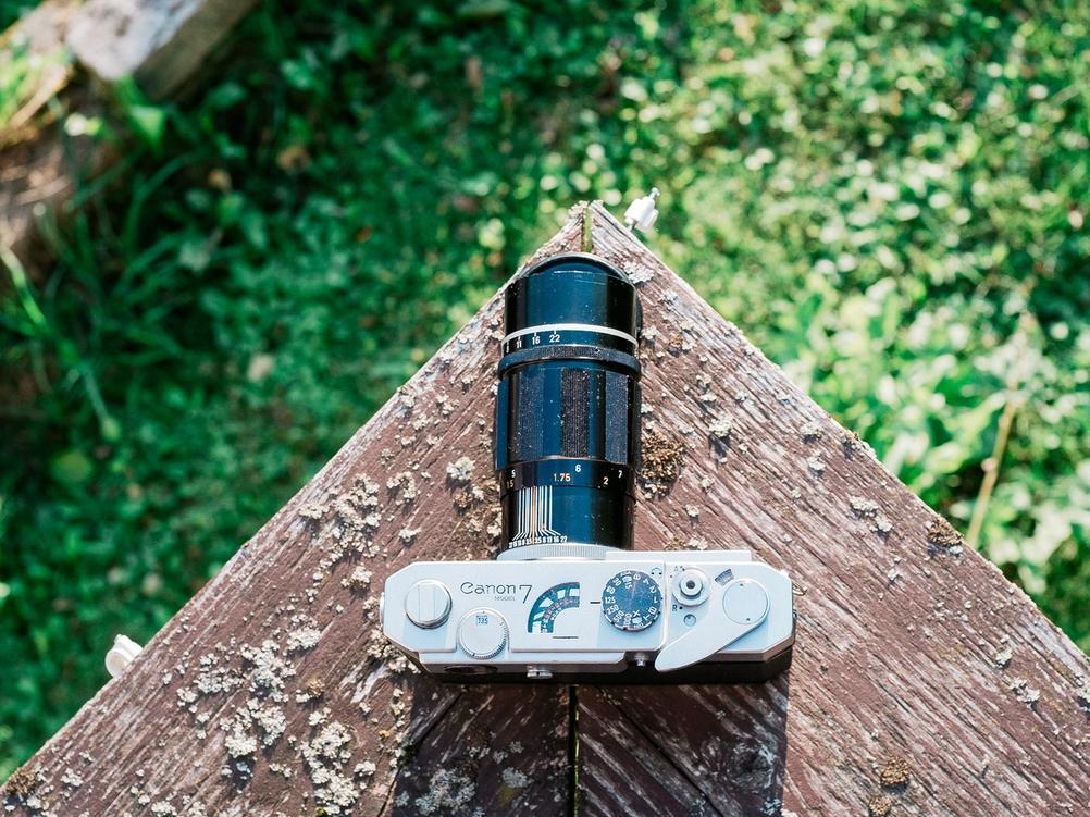 Photo of Canon 135mm f3.5 LTM lens on Canon Model 7 camera.