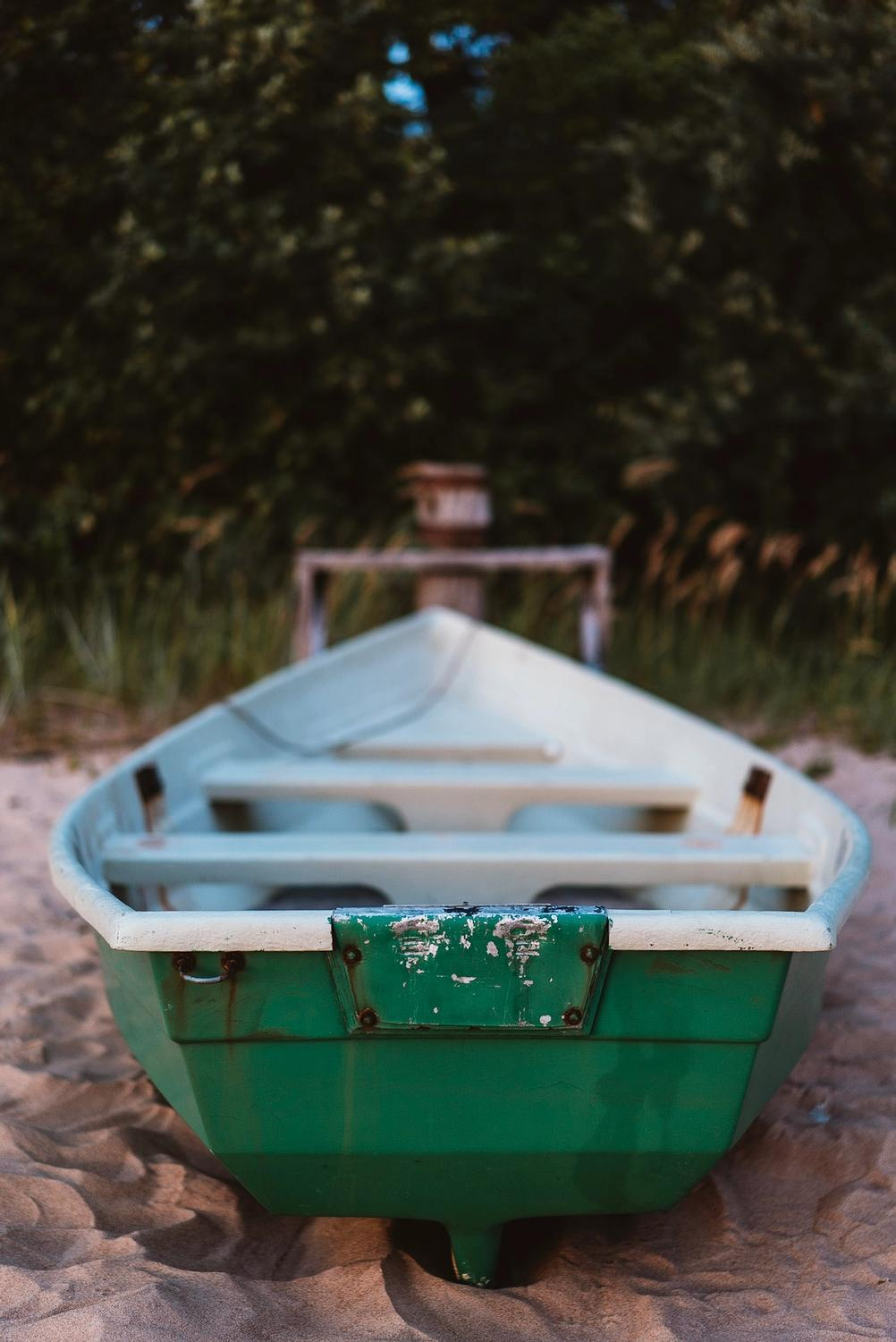 Photo of a boat.