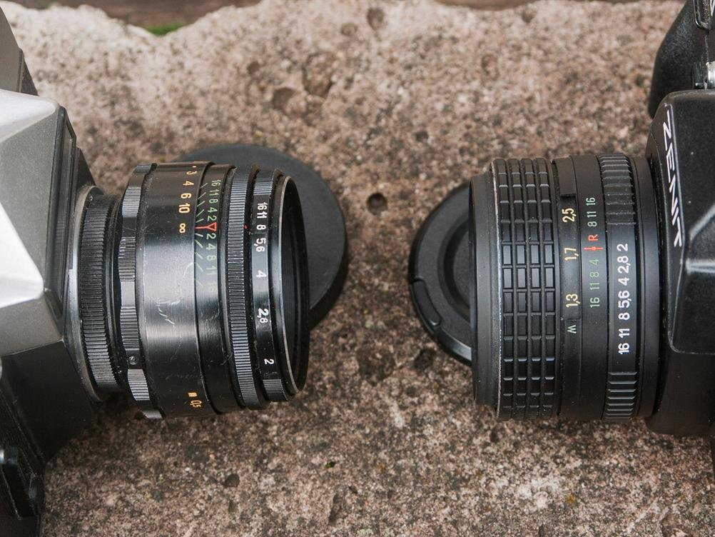 Photo of Helios-44-2 and Helios-44M-5.