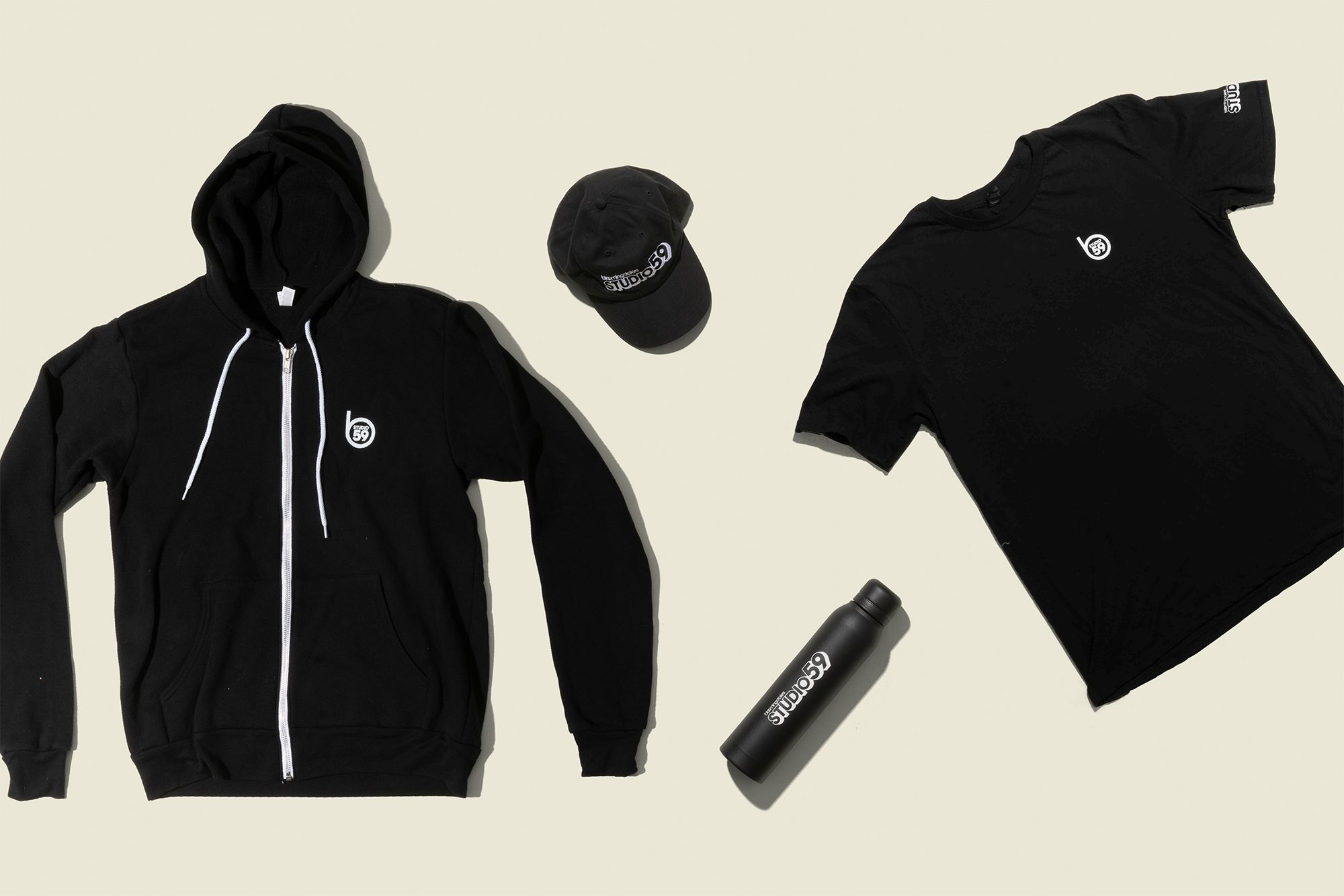 Zipper hoodie with t-shirt, water bottle and hat