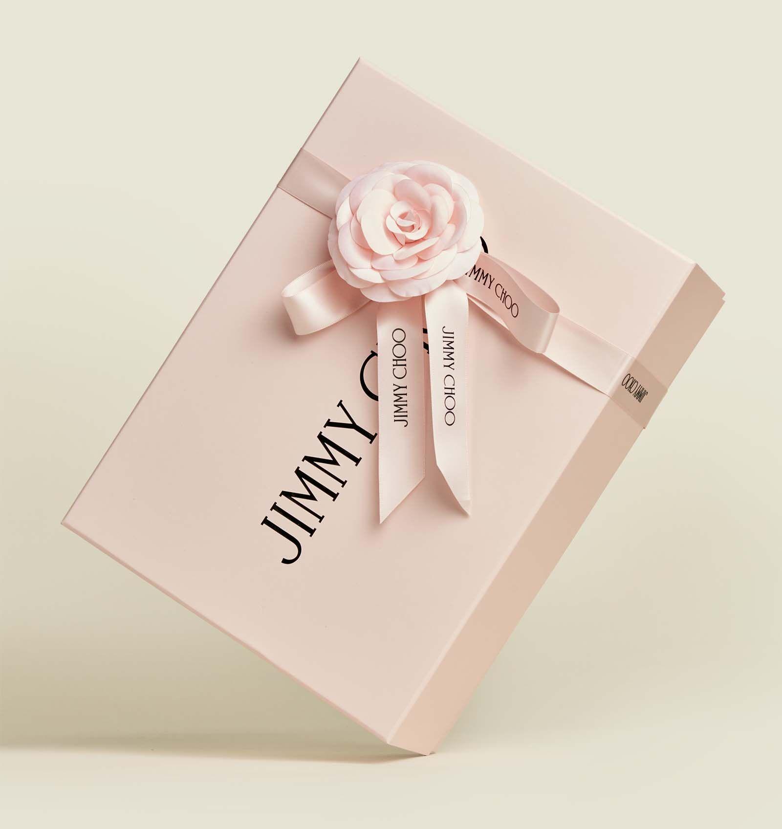 Custom hinged box packaging