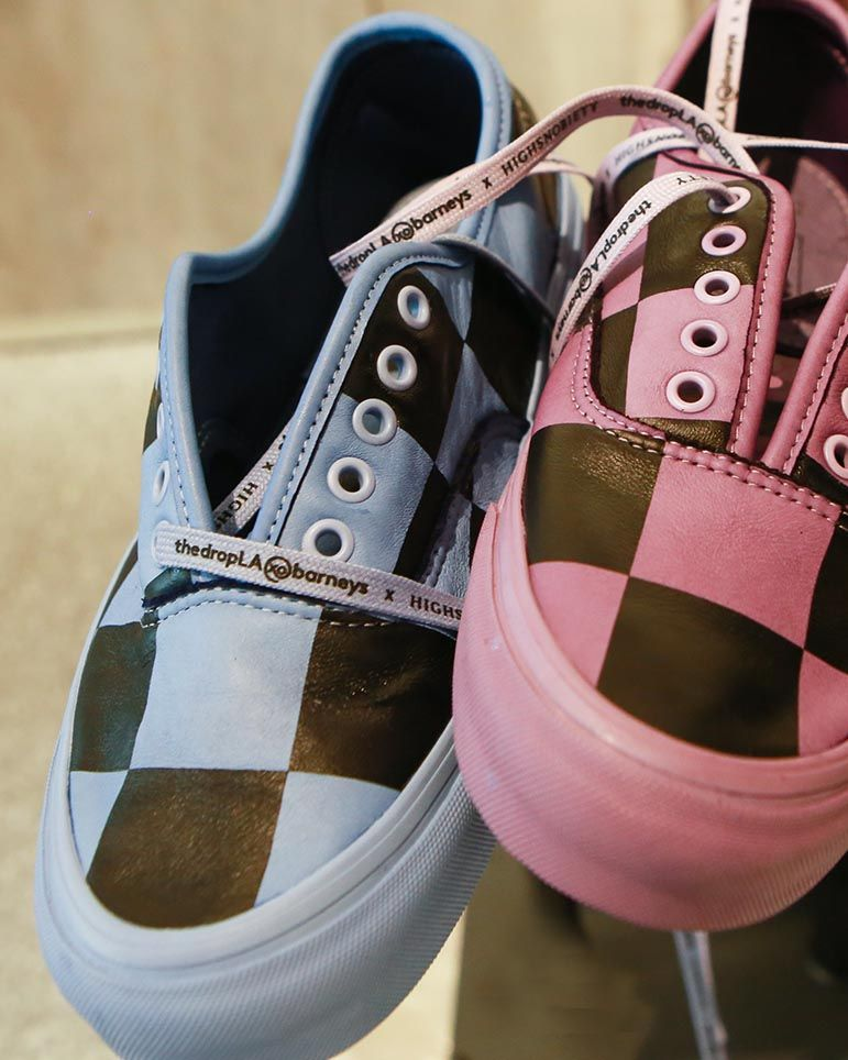 Custom shoes laces in sneakers