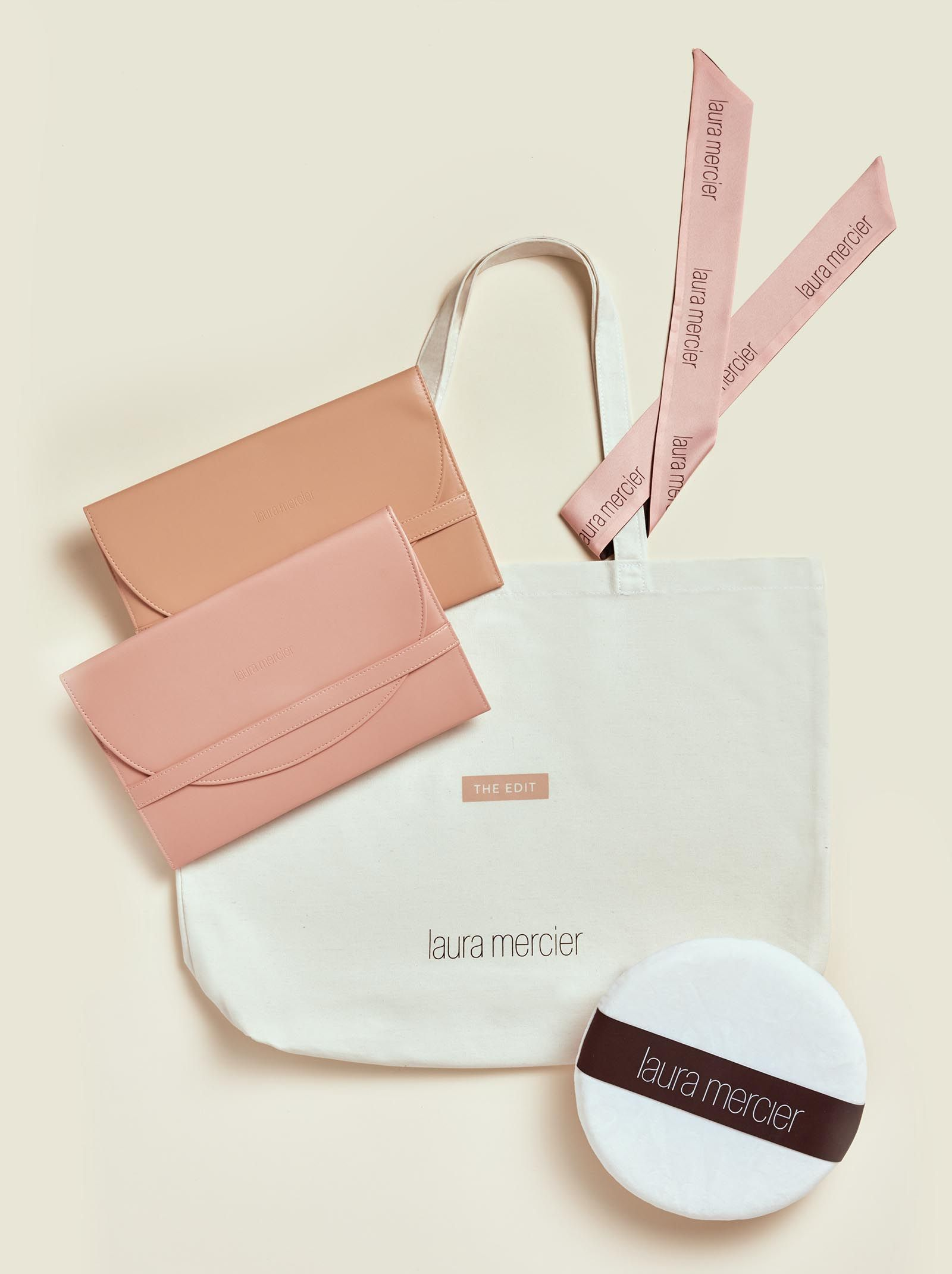 Tote bag with flat pouches and makeup pad