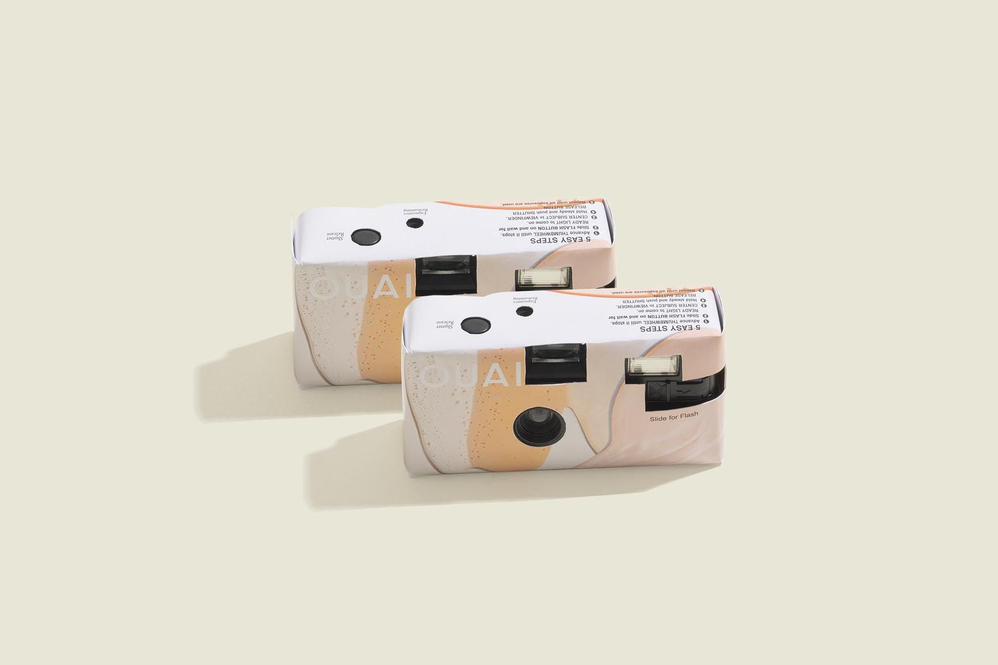 Set of disposable cameras