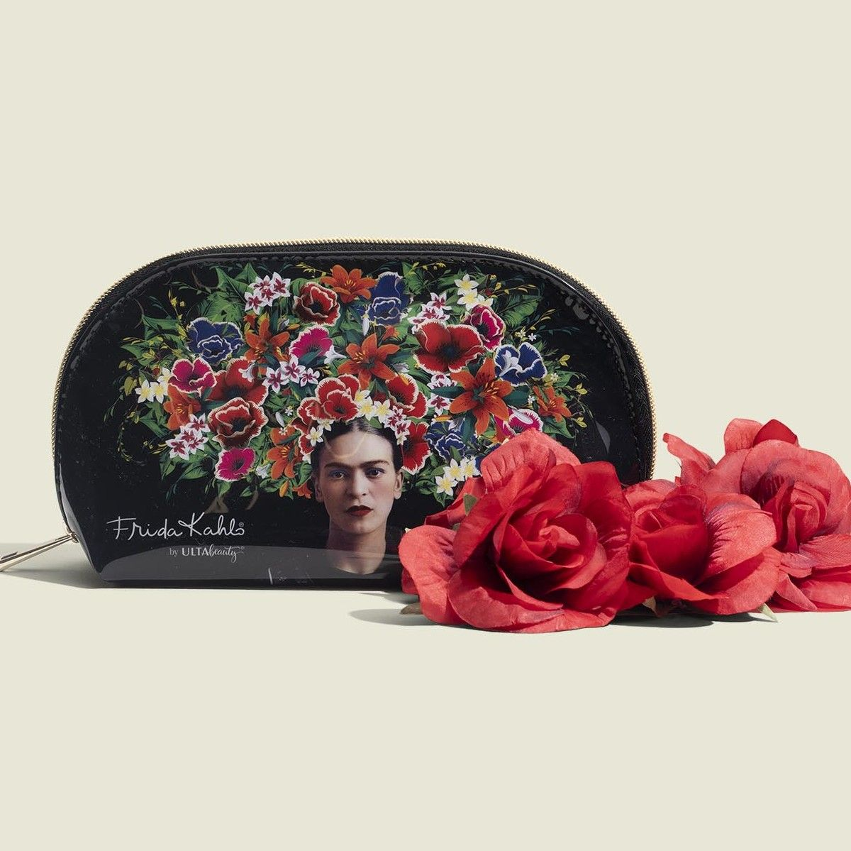 Standing zip pouch with flowers