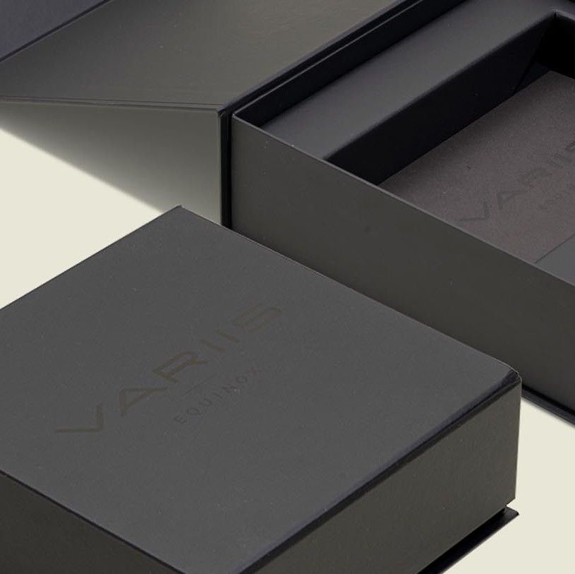 Custom hinge box