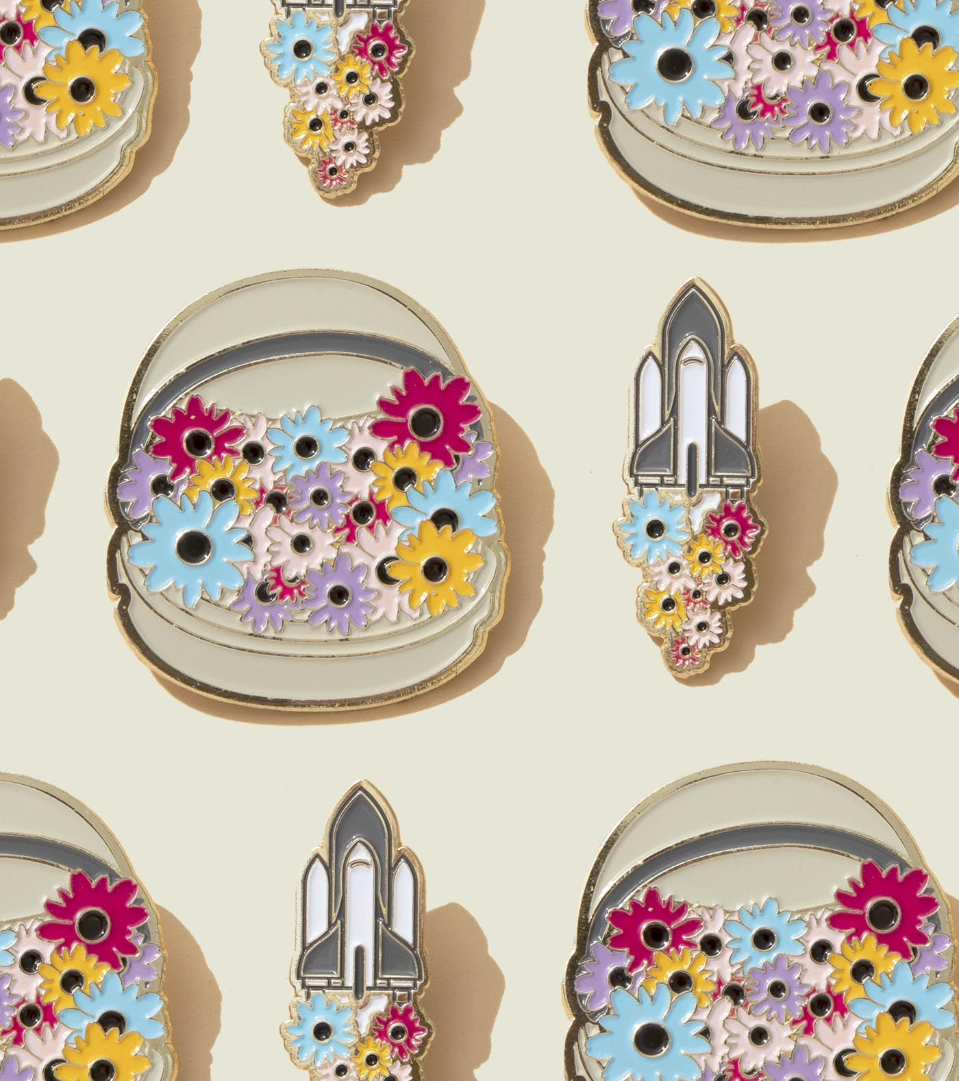 Set of floral broaches