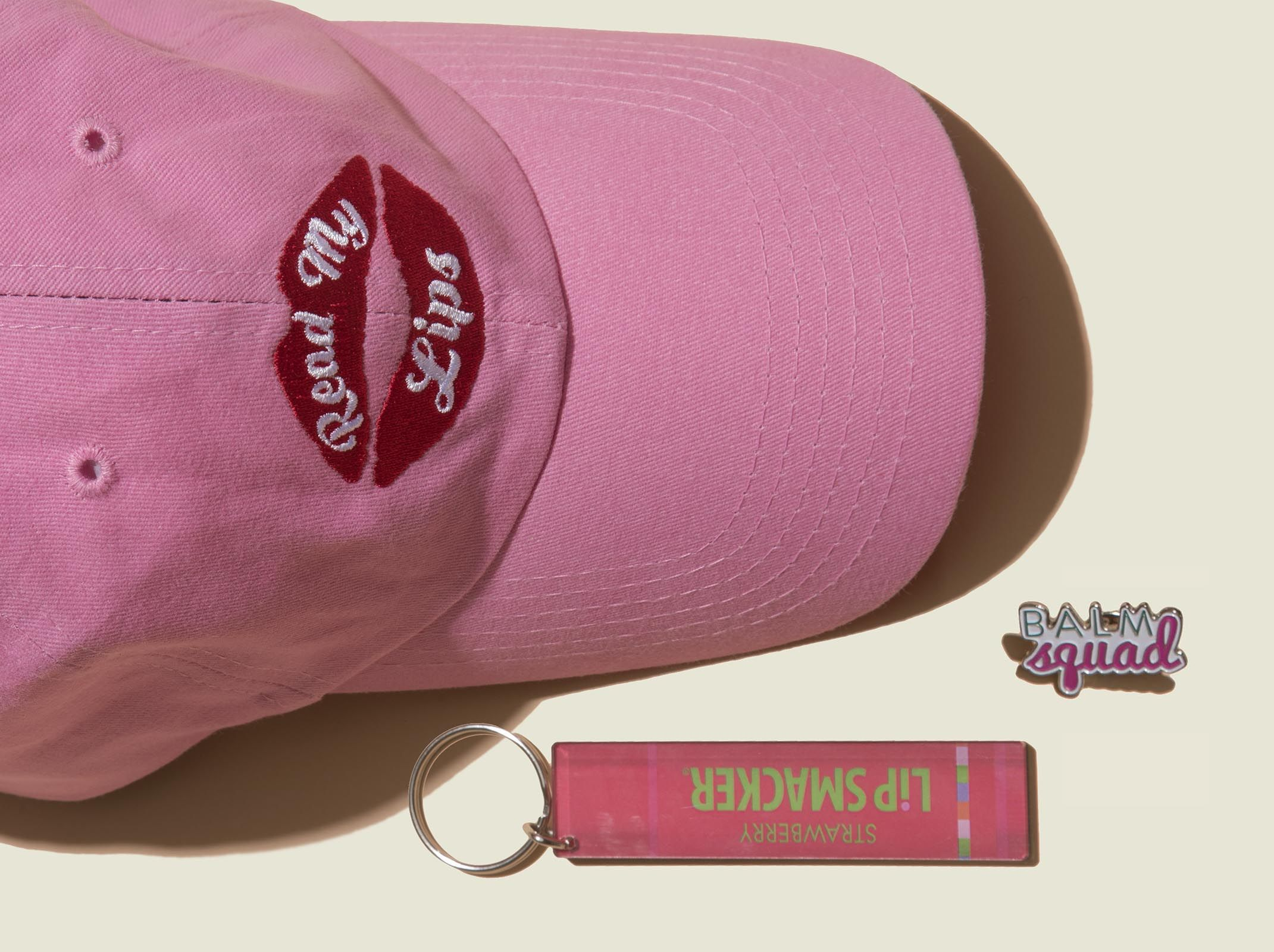 Pin hat with keychain and pin