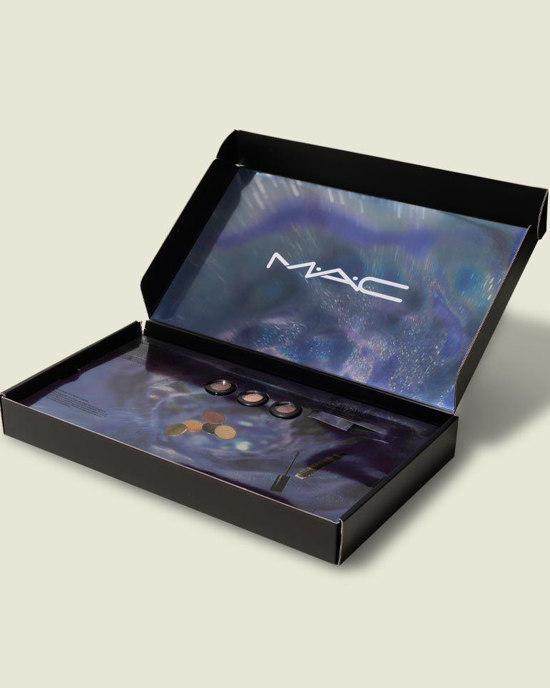 Custom hinged box beauty product