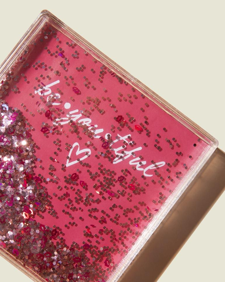 Liquid glitter picture frame