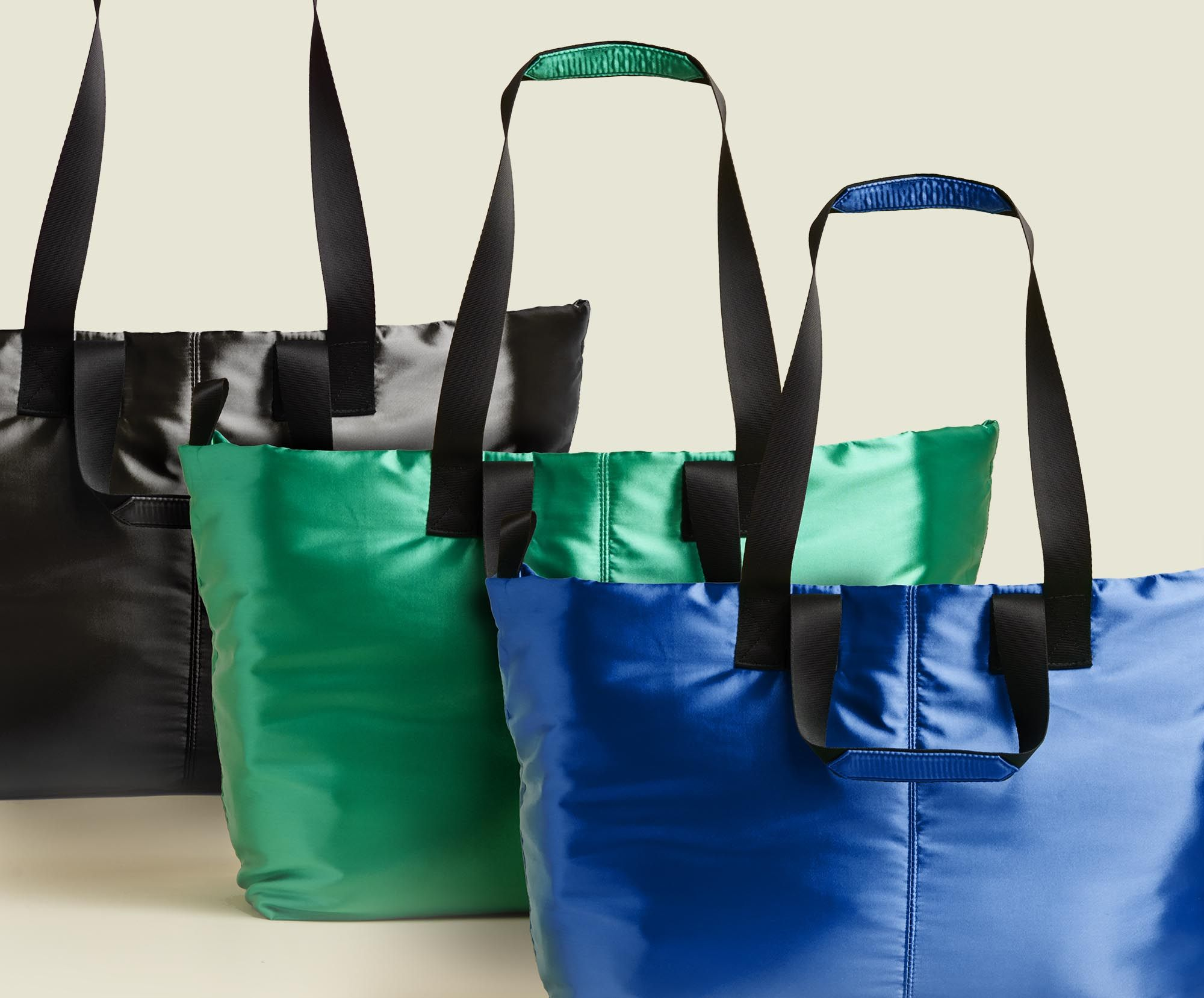 Set of tote bags