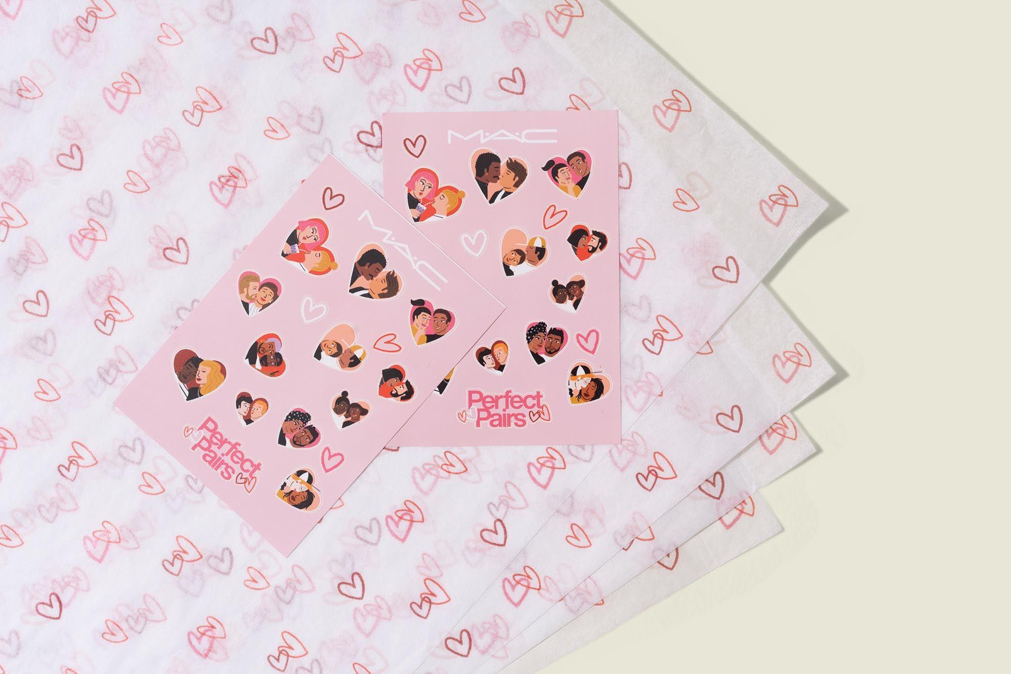 Custom tissue paper packaging