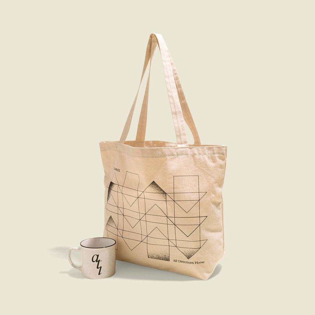 Tote bag with mug