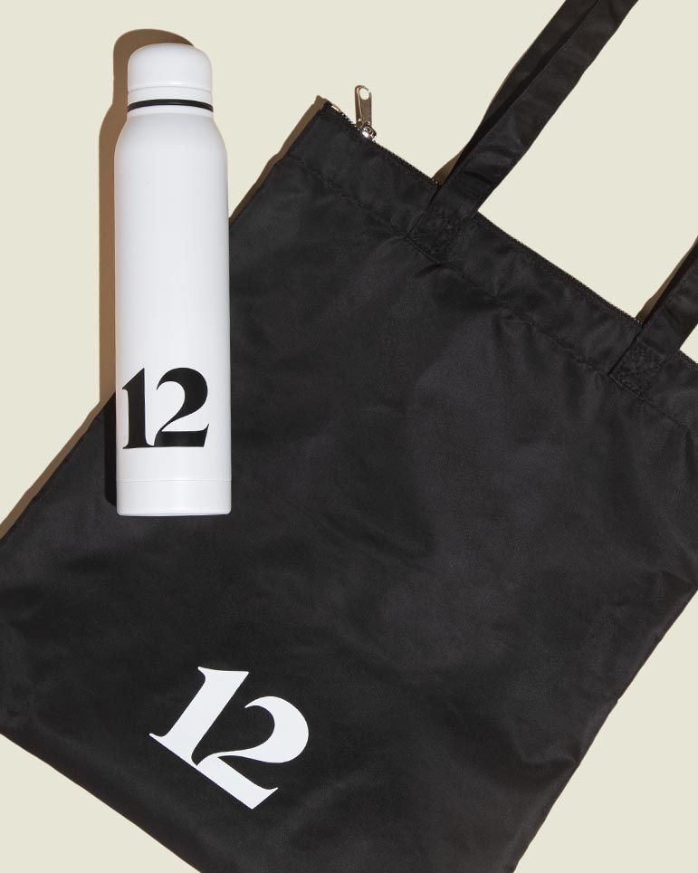 Tote bag with water bottle