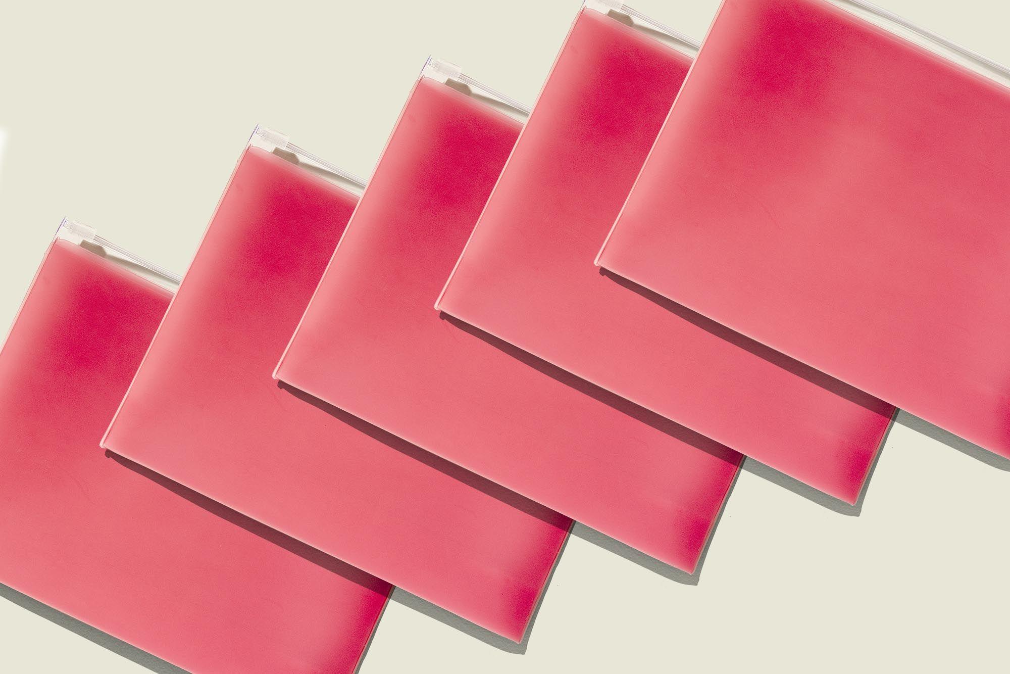 Flat ziplock pouches