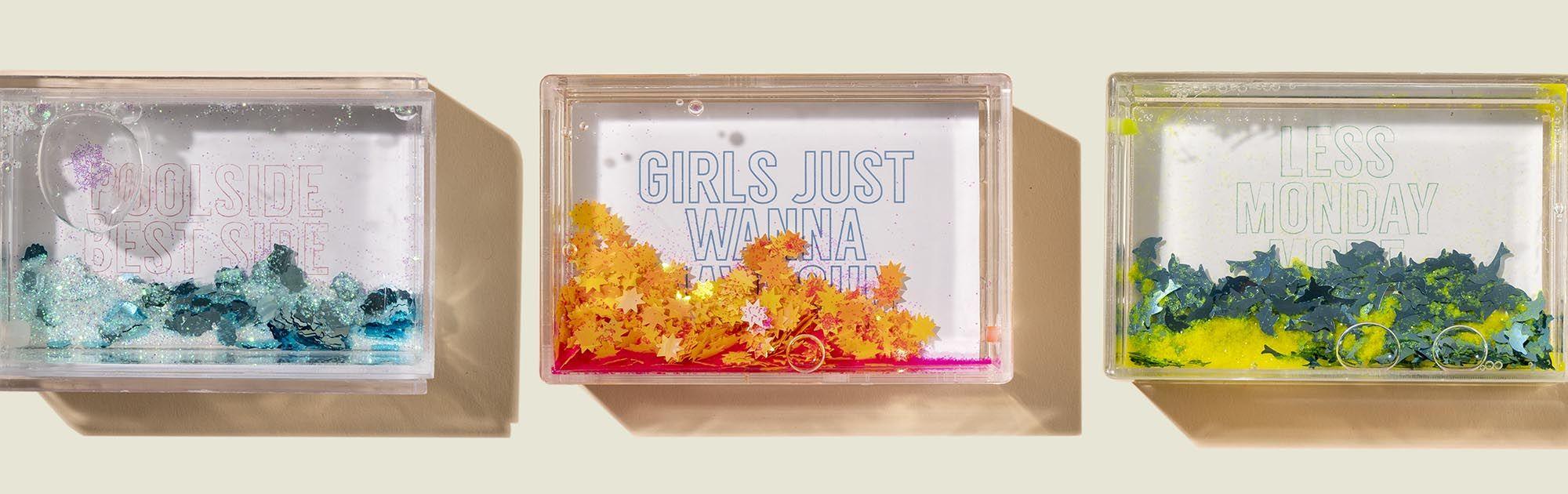 Glitter liquid picture frames