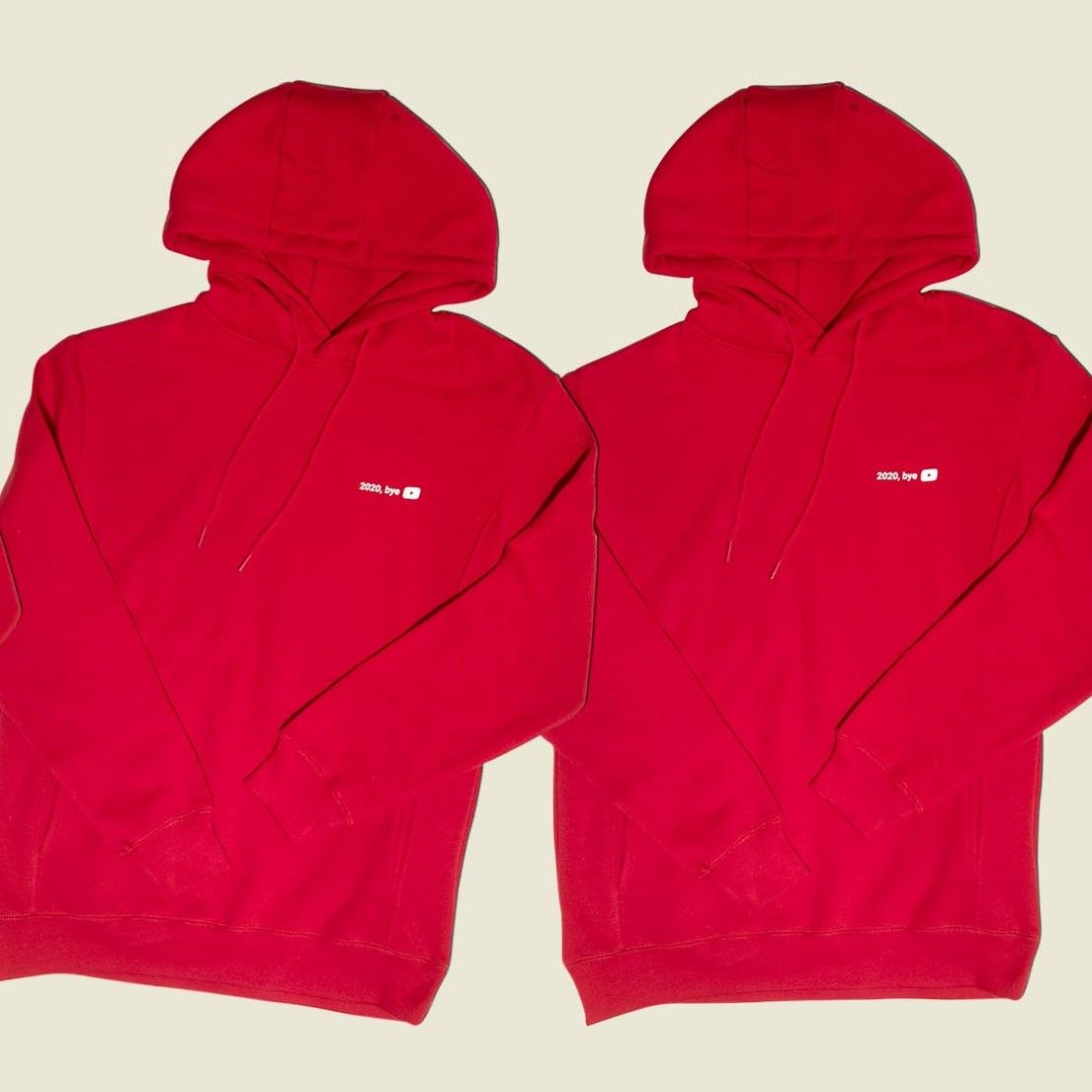 Set of red pullovers