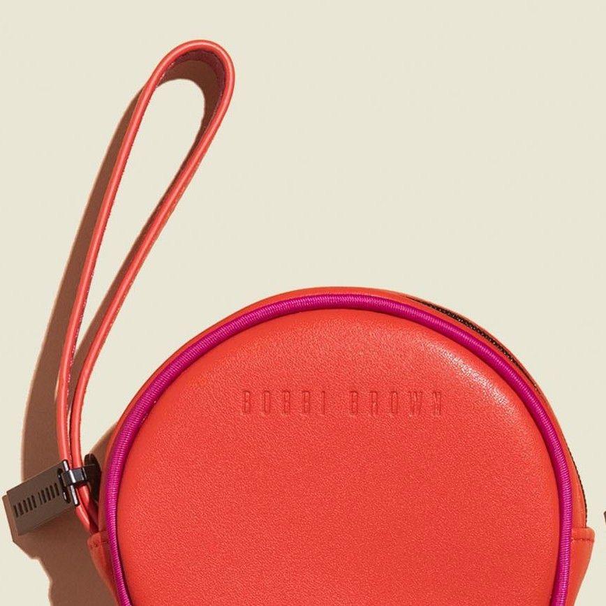 Round zip pouch