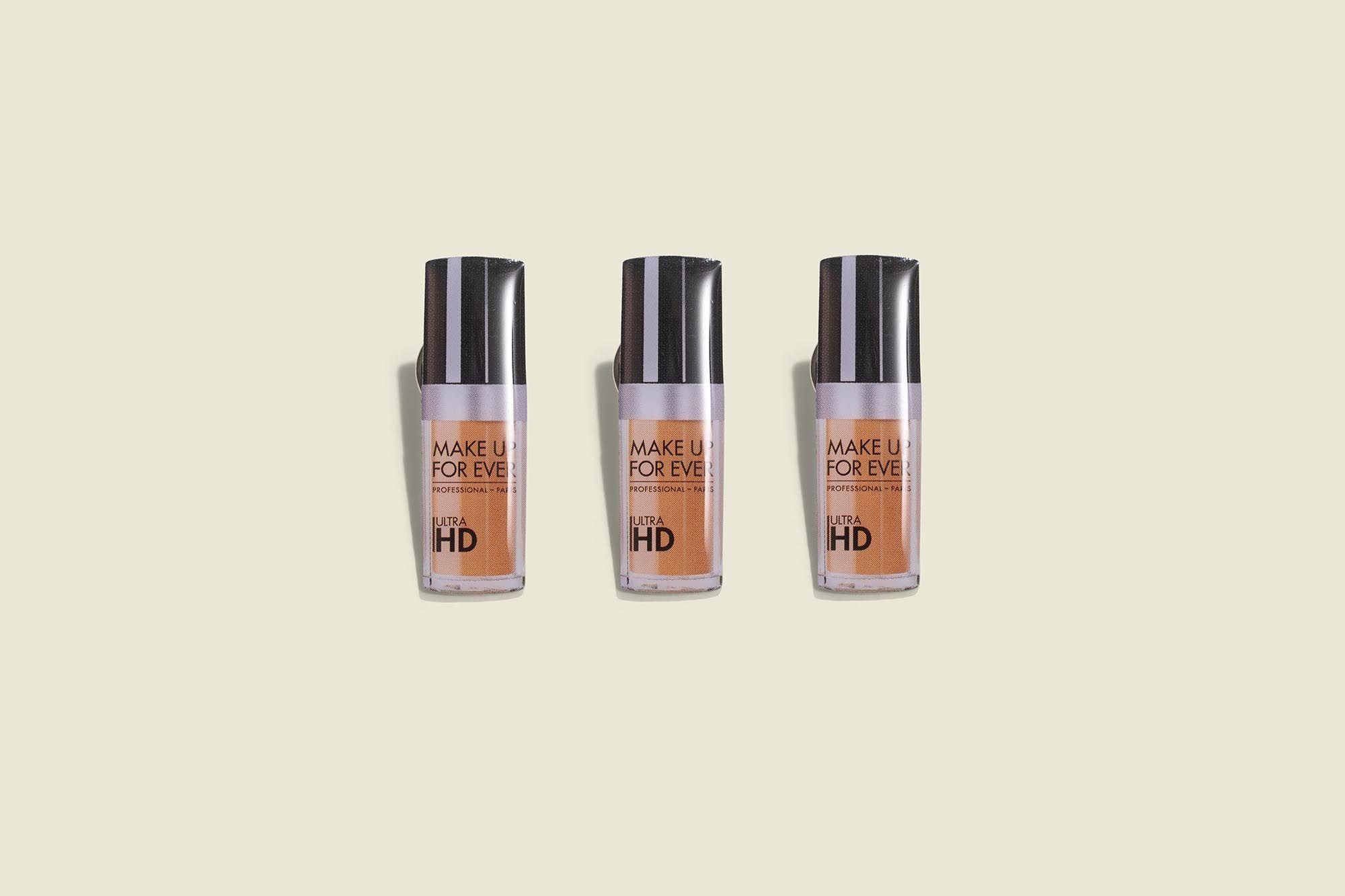Magnet makeup accessory