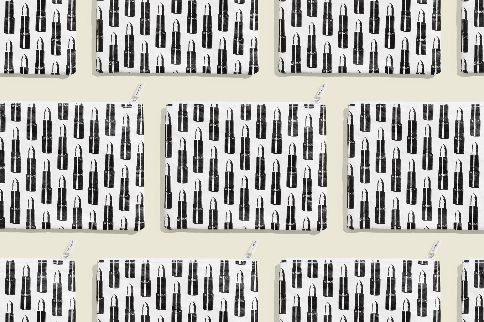 Set of flat zip pouches