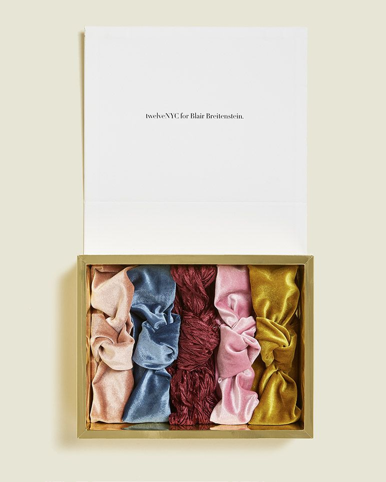 Custom hinged box with scrunchies