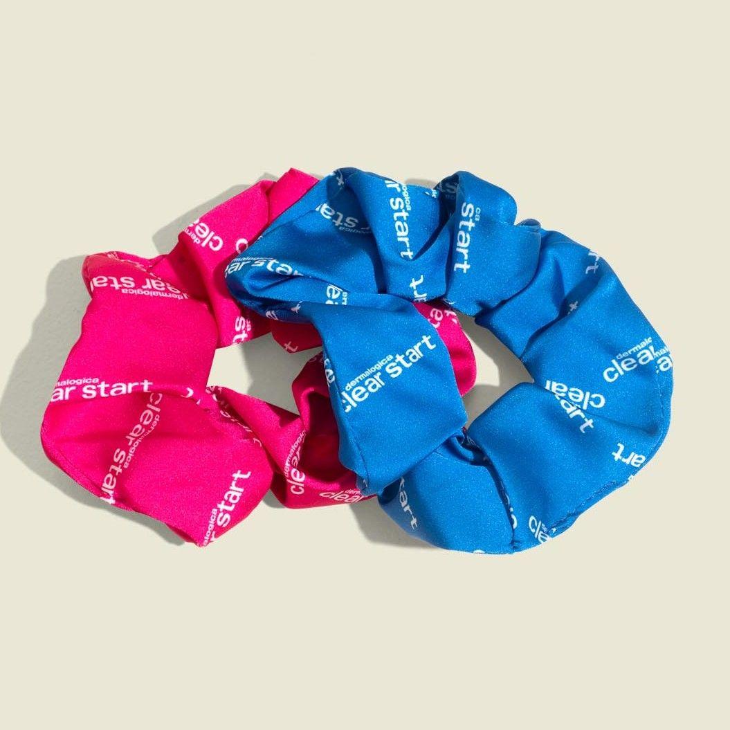 Set of scrunchies