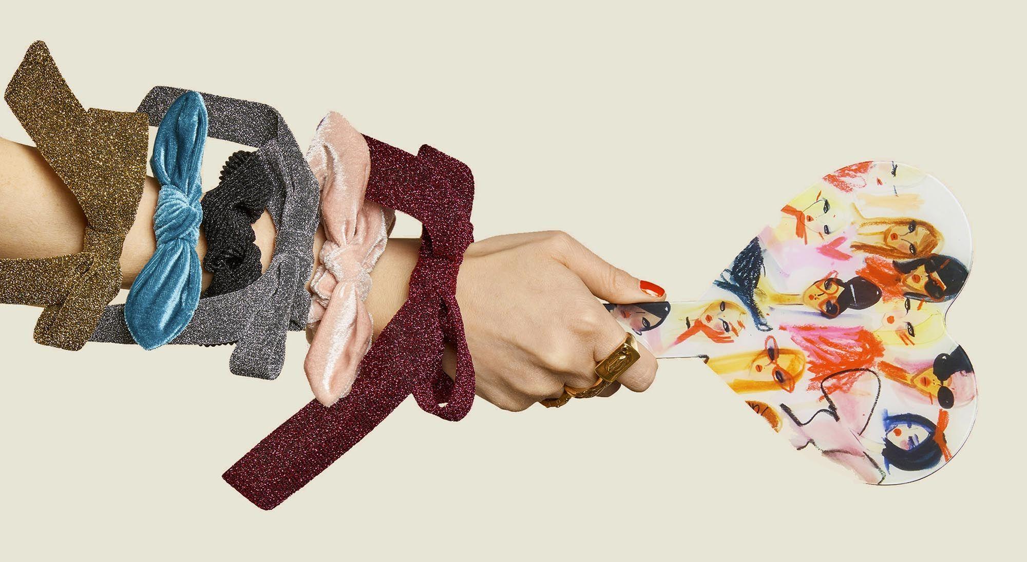 Set of scrunchies with custom hand fan