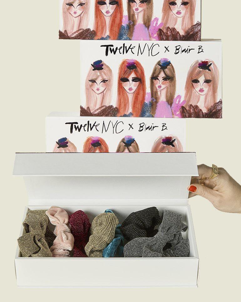 Custom hinged box with set of scrunchies