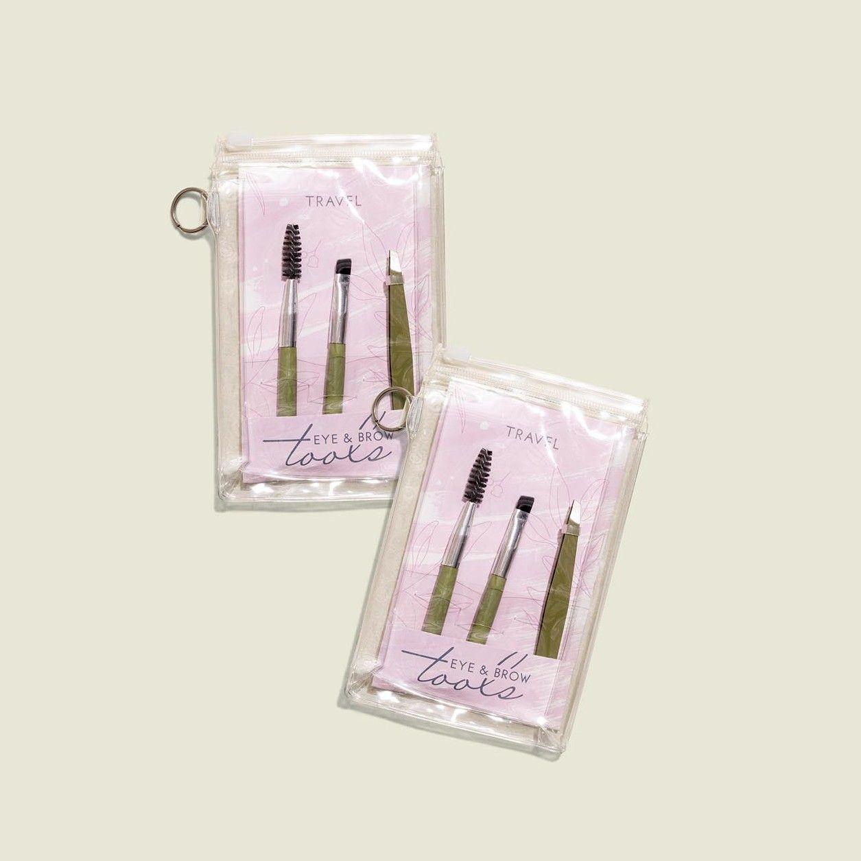 Makeup tools packaged in ziplock bag