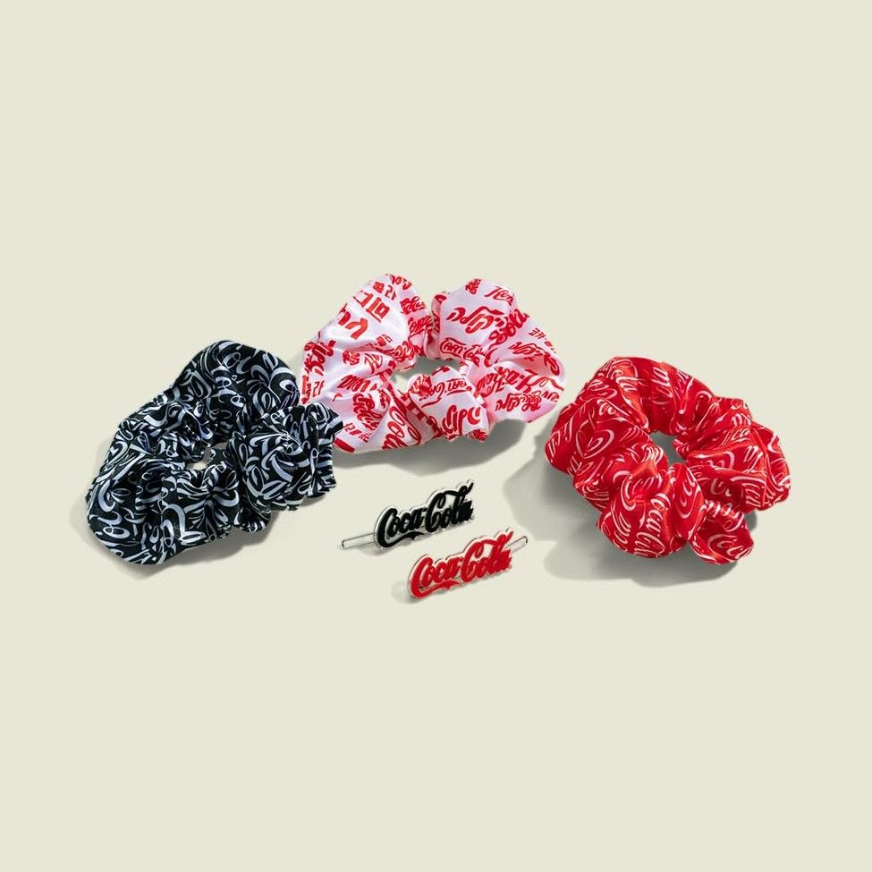 Scrunchies with hair clips