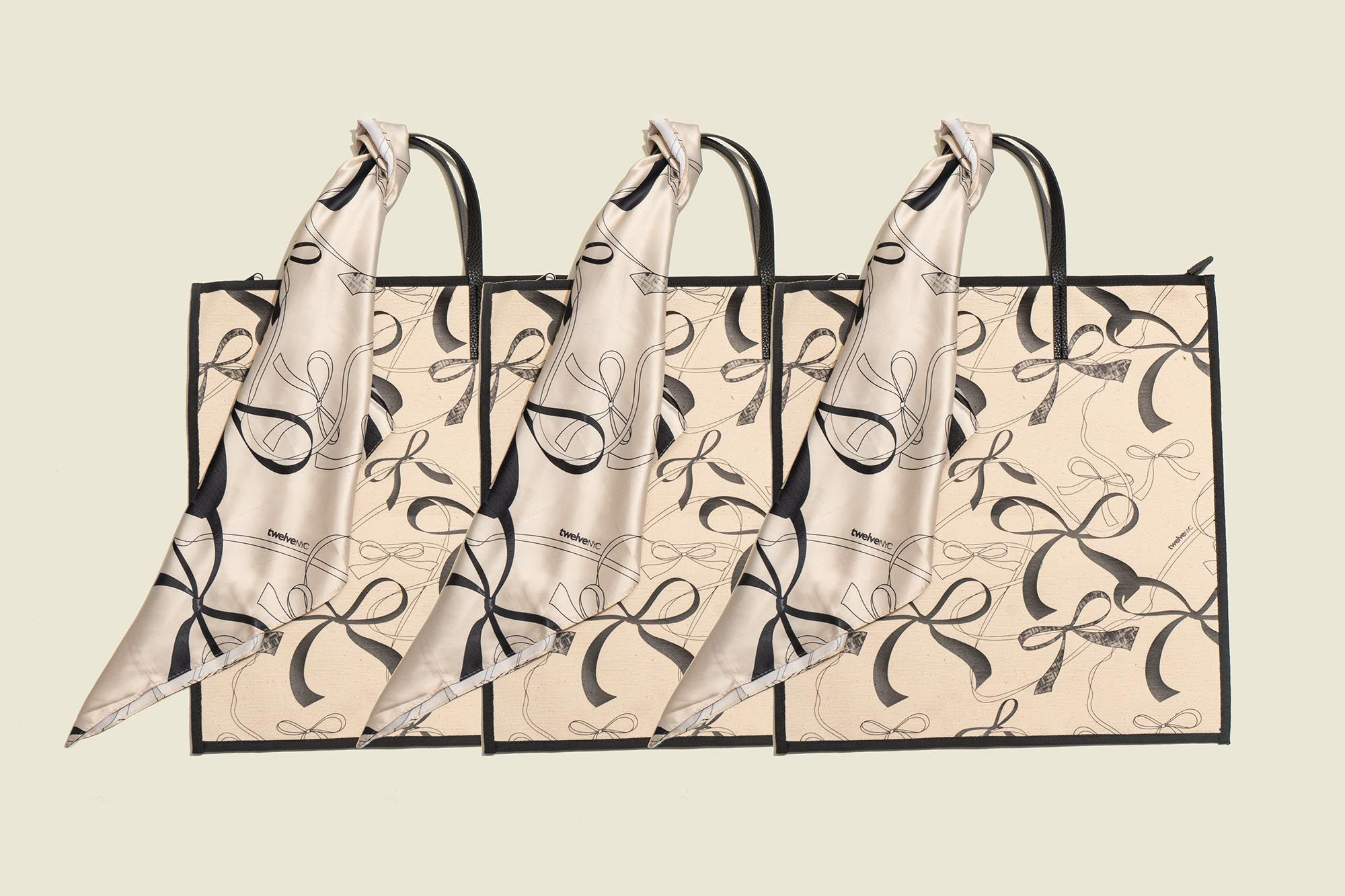 Tote bag with scarf