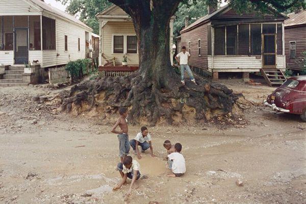 Gordon Parks — Children at Play. Shady Grove, 1956